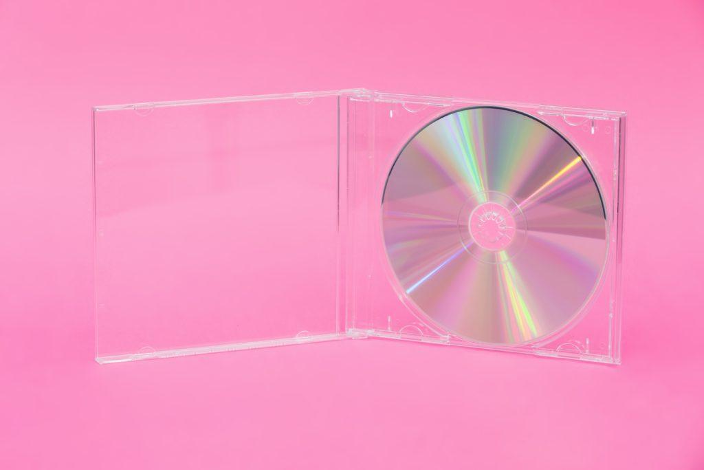CD, DVD, fényképeket