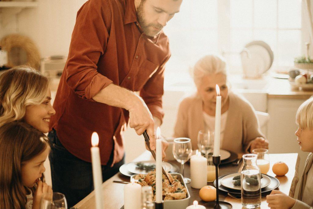 materinski dan, večerja, kosilo, družina